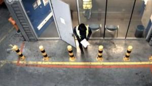Marechaussee bezorgd om ladingdiefstallen na miljoenenroof van iPhones op Schiphol