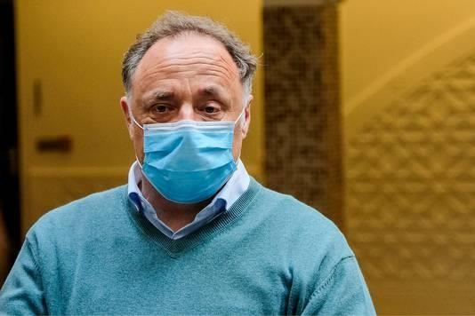 Belgische viroloog: 'Nederland ontkomt niet aan mondkapjesplicht om lockdown te voorkomen'