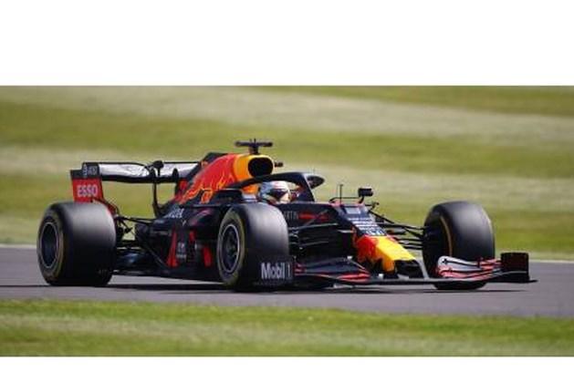 Verstappen eerst de snelste, daarna veertiende op Silverstone