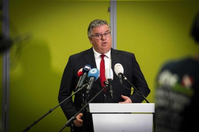 Burgemeesters willen invloed achter de voordeur: 'Bij drukke feestjes zijn we machteloos'