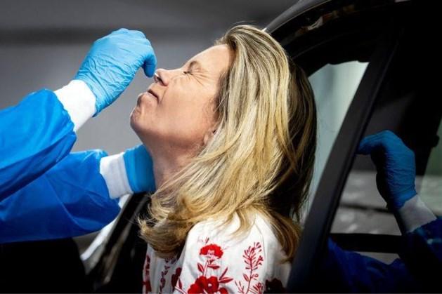 Ruim 400 nieuwe besmettingen: honderd meer dan vrijdag