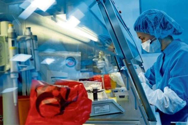 Coronavaccin kan hoofdpijndossier worden door vele bijwerkingen