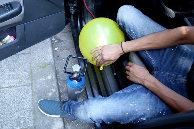 Partydrug met keerzijde, ex-gebruikers lachgas waarschuwen: 'Begin er nooit aan'