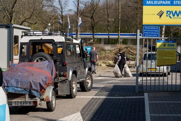 Afvalcontainers voor oud papier en PMD in Stein verplaatst
