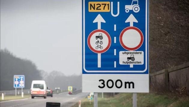 Dat wordt weer tractors inhalen op N271: speciale rijstrook voor langzaam verkeer verdwijnt