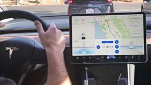 Aanraken Tesla-scherm is onderweg verboden volgens Duitse rechtbank
