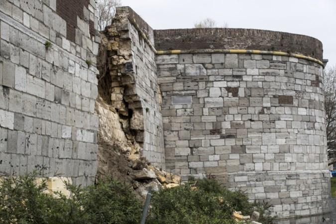 Met meetapparatuur wordt bekeken of Maastrichtse stadswal nu ook 'uitbuikt'