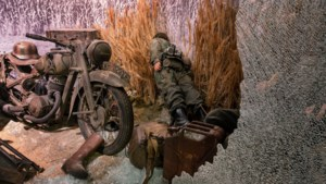 Schade van inbraak bij oorlogsmuseum geschat op anderhalf miljoen: 'Levenswerk naar de knoppen'