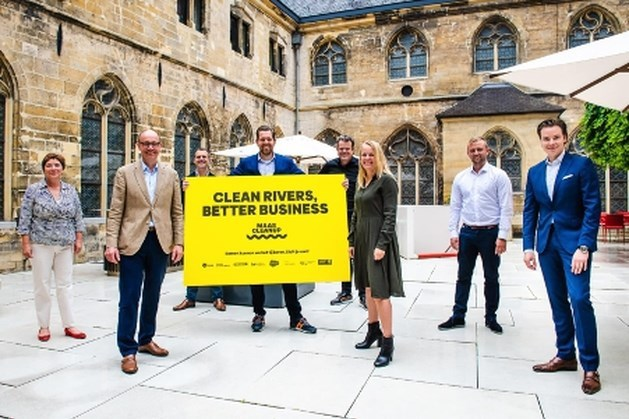 Waterschap steunt actie schoonmaken van de Maas
