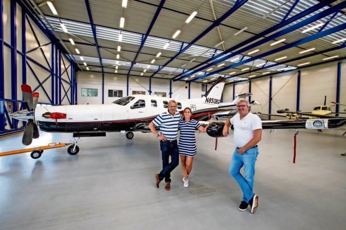 Familie runt al een halve eeuw eigen luchthaven in Budel