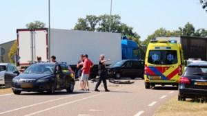 Auto in flank geraakt in Sevenum: gewonde persoon afgevoerd