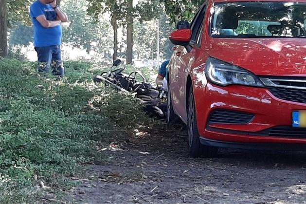 Twee lesmotoren hard onderuit bij ongeval in Venlo
