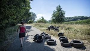 Autobanden gedumpt in buitengebied van Heerlen