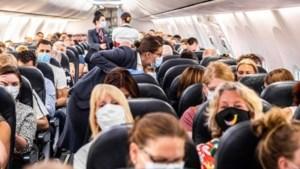 Toename overlastincidenten in vliegtuigen door coronamaatregelen