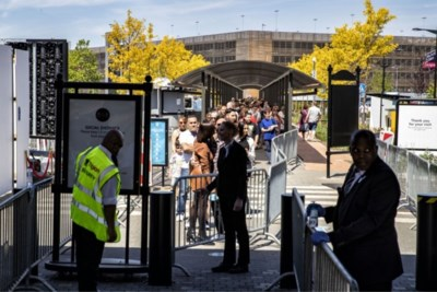 Veiligheidsregio onderzoekt herinvoeren maximumaantal bezoekers Outlet Roermond