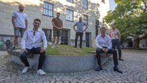 Jonge politici in Parkstad zoeken middelbare scholen op: 'Politici van boven de 40 weten niet wat onder jongeren speelt'