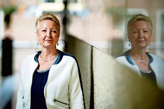 Corrie van Brenk van 50Plus: een lijmpoging met Henk Krol? Hou op, man! Nee, nee, nee
