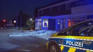 Gemaskerde mannen blazen geldautomaat op in Duitse grensregio