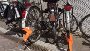 Gemeente ruimt 'weesfietsen' op in Blerickse wijken