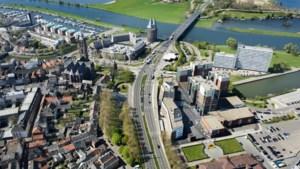 Ondernemers boos over afsluiten brug Roermond: 'volslagen idioot dit'