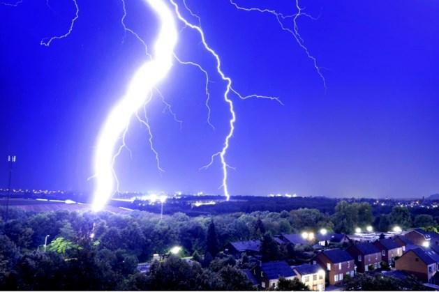 KNMI: Code geel voor Limburg met kans op lokaal stevige onweersbuien