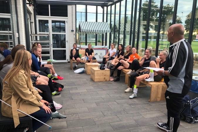 André Hall: geen sabbatical maar vrouwencoach bij WDZ