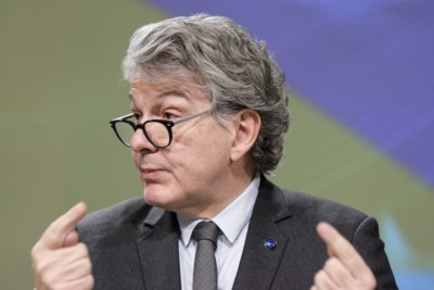 'Brussel' wil beter bereik mobieltjes in grensstreek