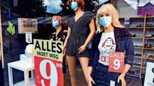 Winkeliers moeten niet korting op korting stapelen: 'Het gaat om dienen, niet om verdienen'