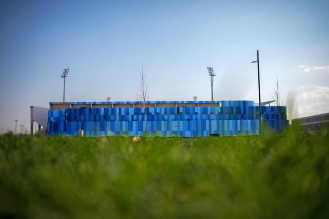 Grootschalig diner op grasmat van Fortuna-stadion op laatste moment afgeblazen