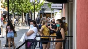 In beeld: Mondkapjes verplicht in Designer Outlet Roermond