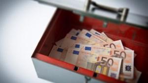 CPB iets minder somber over economie, dit jaar 5 procent krimp