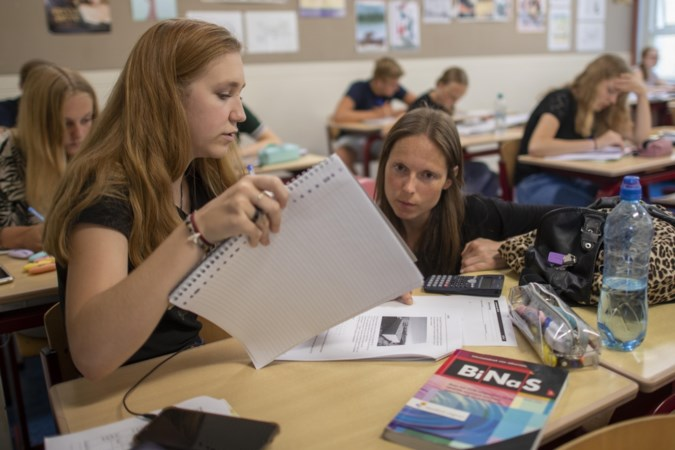 De zomerschool: kennis bijspijkeren van de lastige vakken