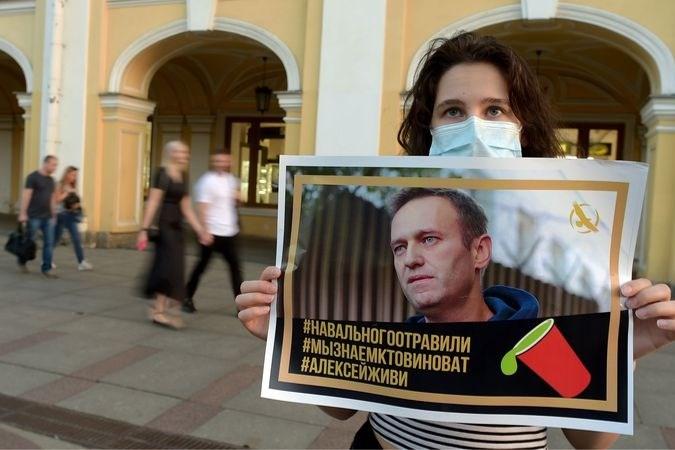 Wie is Alexej Navalny en wie wil hem opruimen?
