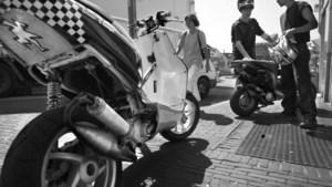 Buurt horendol: scheurende scooters ware plaag in voetgangersstraat Geleen