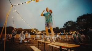Sitdown Festival Stein: 'Leuker dan een terras, maar net niet zo leuk als een gewoon festival'