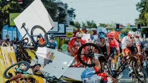 Internationale wielerfederatie komt met nieuwe veiligheidsregels na crashes