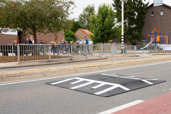 Aanleg van drempels op onveilige weg bij basisschool in Puth is de start van een reeks verkeersmaatregelen