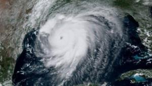 Extreem gevaarlijke orkaan Laura gaat enorme schade aanrichten