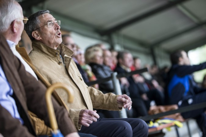 Mister EHC Karel Bauling viert tachtigste verjaardag