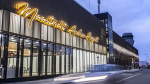 Jarige luchthaven lanceert feestmagazine