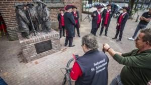 Sevenum krijgt bronzen schutters cadeau zodat de verbroedering van het OLS-feest 2019 nooit vergeten wordt