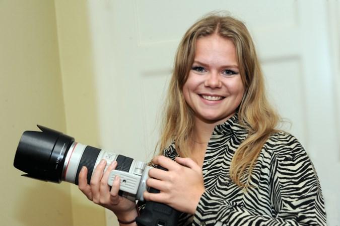 Foto's van Louka Rongen vragen om een nieuwsgierige blik