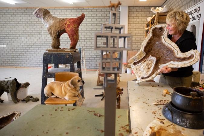 Plassend hondje herinnert aan deuntje uit oude carillon van Stein