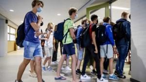 Limburgse leerlingen moeten eraan geloven op Vlaamse scholen: mondkapje moet hele dag op
