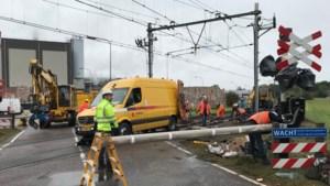 Opruimwerkzaamheden na ongeluk duren voort: nog geen treinverkeer mogelijk