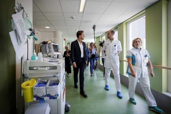 Onderzoek FNV: Zorgmedewerkers niet klaar voor tweede golf