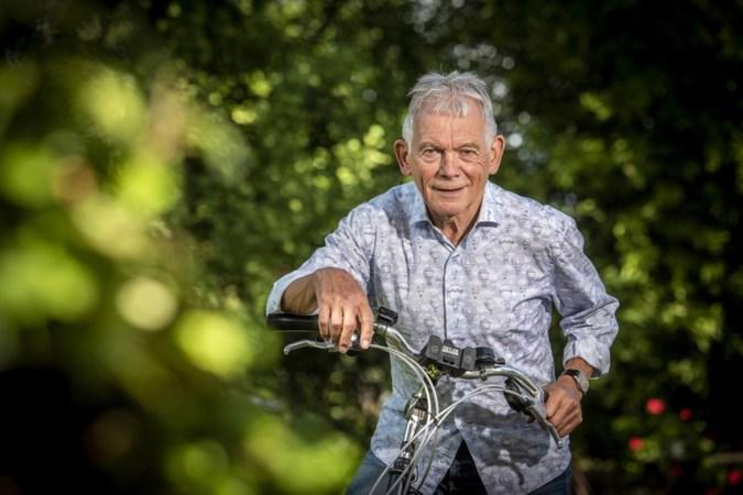 Sjraar (80) fietst 500 kilometer op zoek naar jeugdvriend Louis