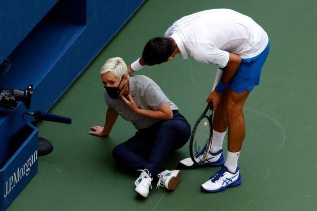 Djokovic diep door het stof na wangedrag: 'Sorry dat ik haar zoveel stress heb bezorgd'