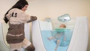 Lekker je kindje vertroetelen in een Limburgse babyspa