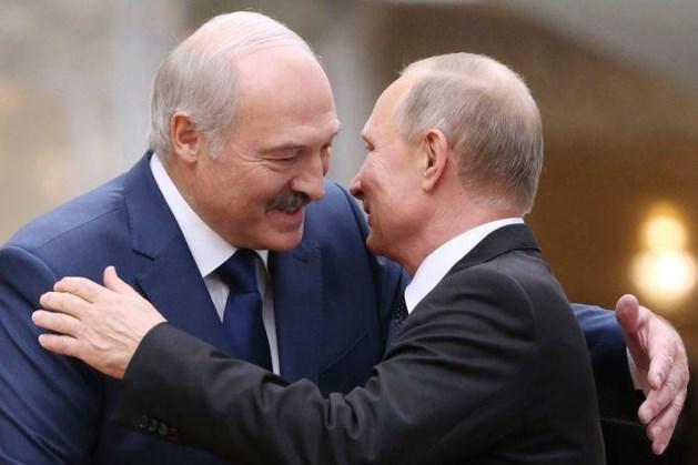 Loekasjenko voorziet val Poetin bij zijn vertrek: 'Dan zal Rusland de volgende zijn'